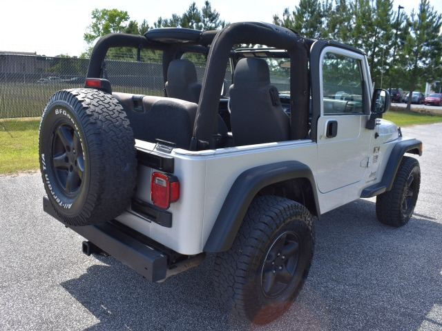 Jeep Wrangler 2006 price $13,900