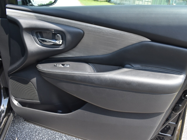 Nissan Murano 2015 price $24,900