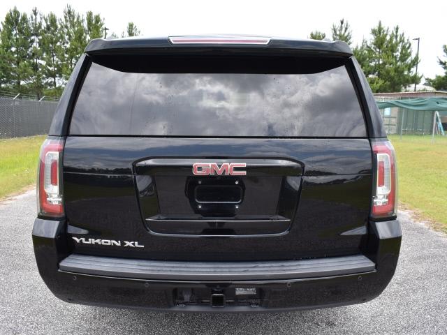 GMC Yukon XL 2016 price $39,900