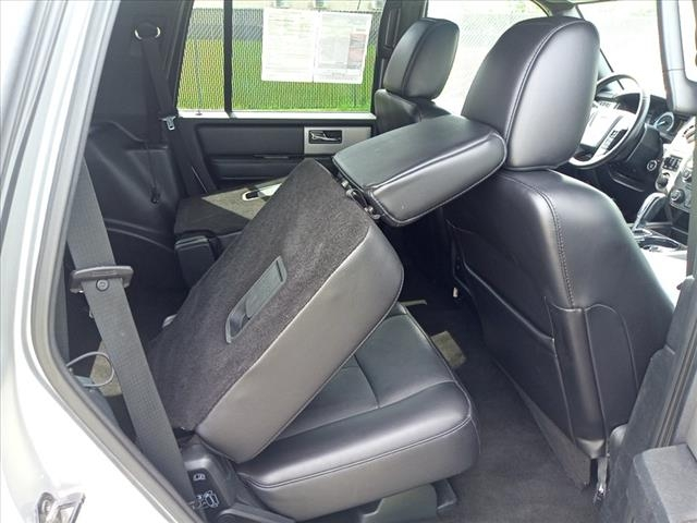 Ford Expedition 2016 price $31,900