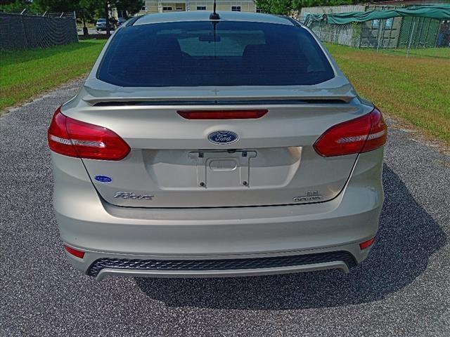 Ford Focus 2016 price $10,900