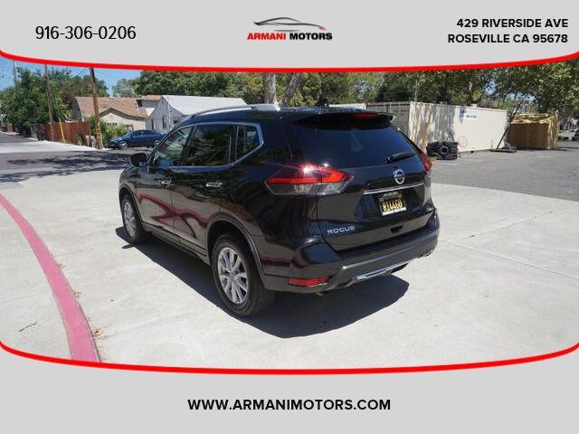 Nissan Rogue 2018 price $16,295