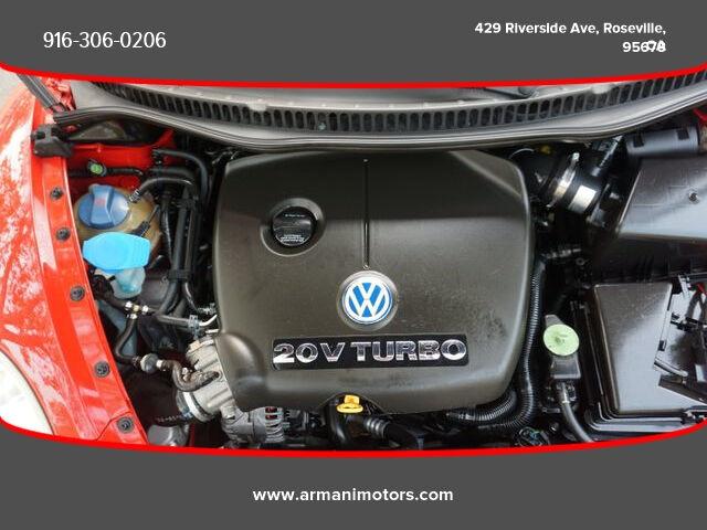 Volkswagen New Beetle 2001 price $4,995