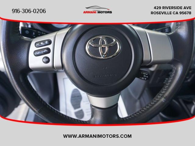 Toyota FJ Cruiser 2007 price $25,995