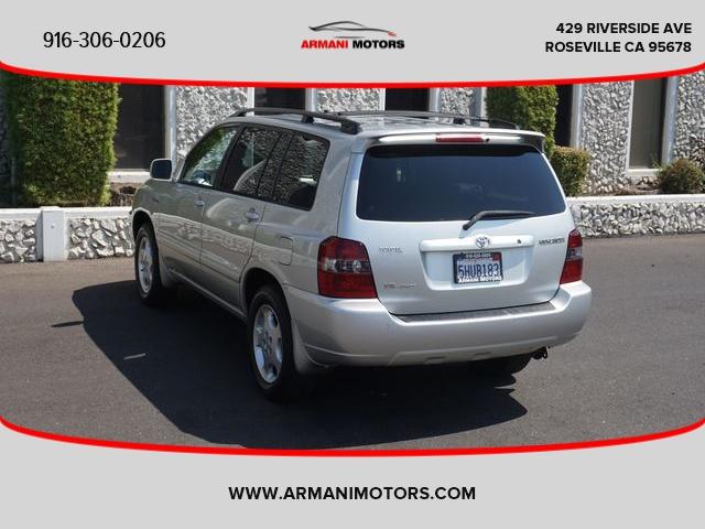 Toyota Highlander 2004 price $7,495
