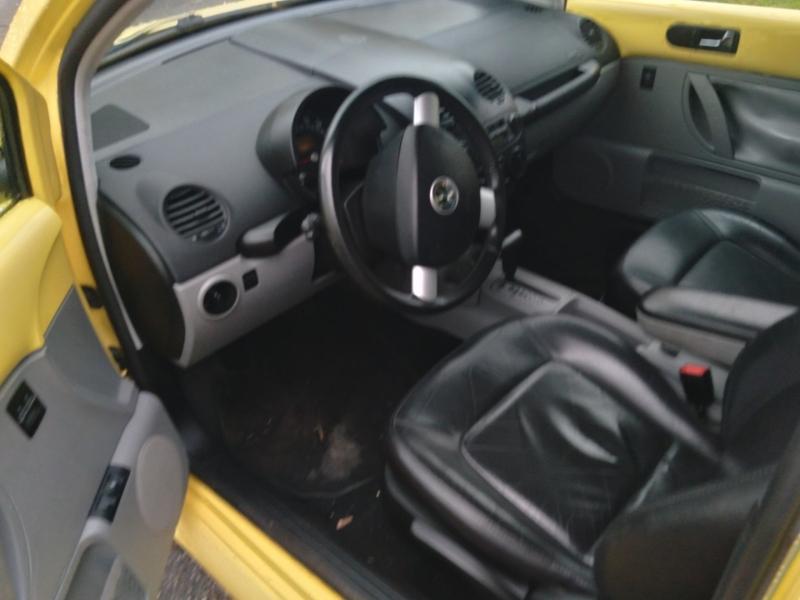 Volkswagen New Beetle 2002 price $4,450