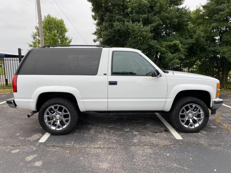 Chevrolet Tahoe 1999 price $13,980