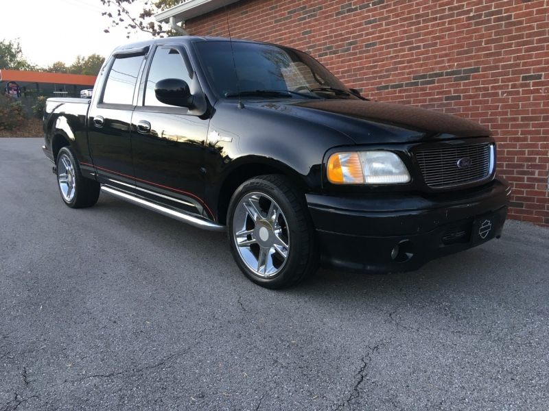 Ford F-150 2001 price $8,980