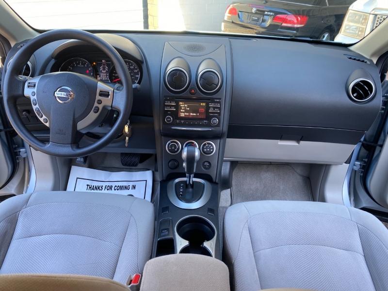 Nissan Rogue Select 2015 price $12,980