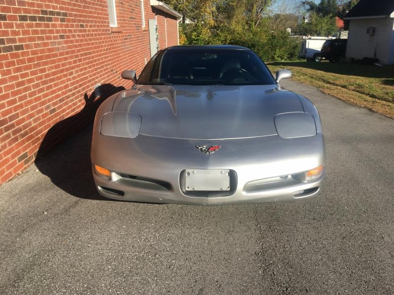 Chevrolet Corvette 2004 price $11,980