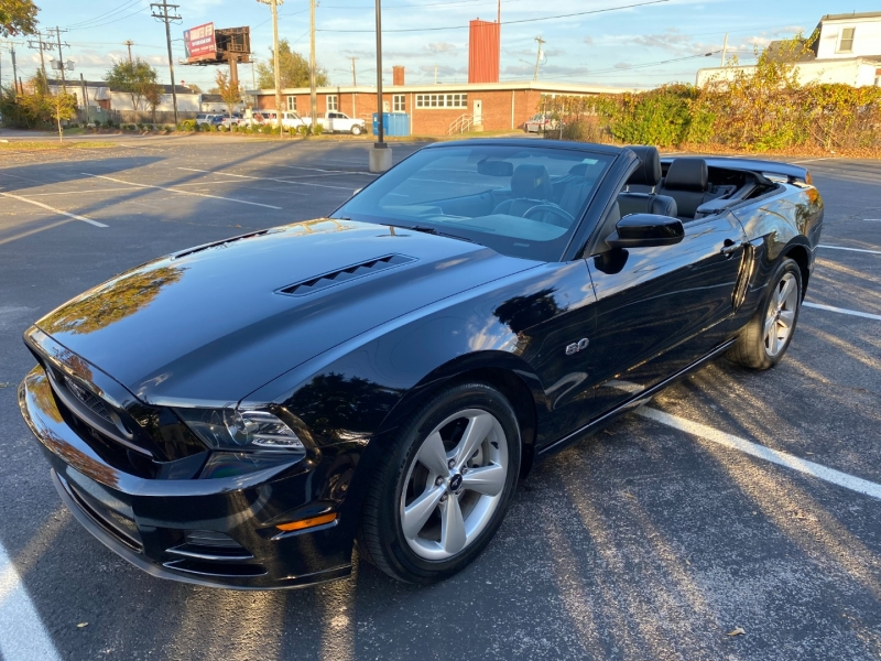 Ford Mustang 2014 price $24,980