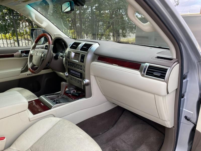 Lexus GX 460 2010 price $18,977