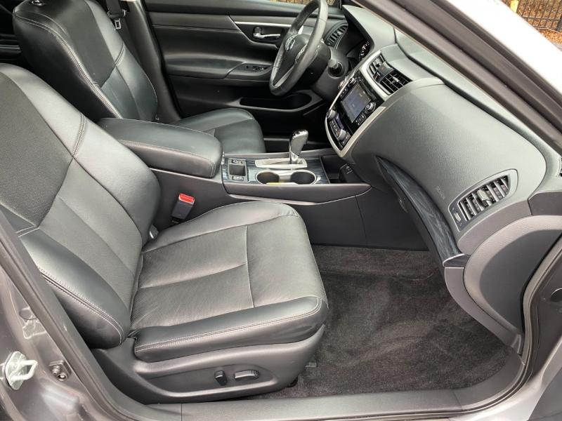 Nissan Altima 2018 price $16,980