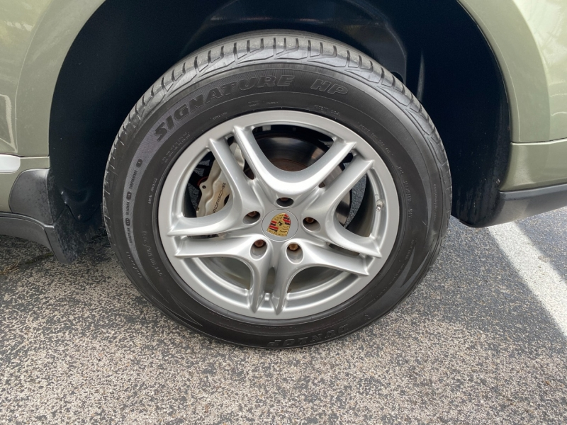 Porsche Cayenne 2008 price $13,988