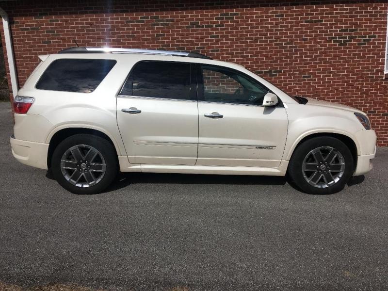 GMC Acadia 2012 price $12,980
