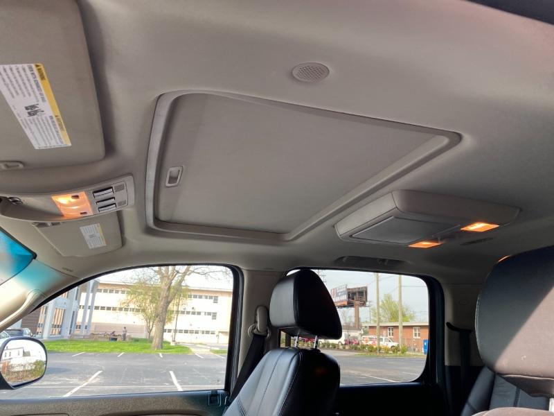 Chevrolet Suburban 2007 price $12,980