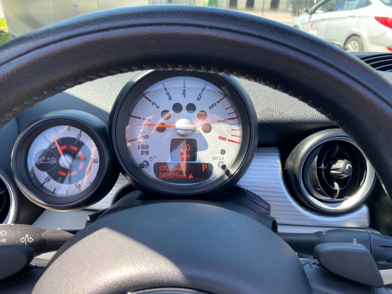 Mini Cooper Convertible 2012 price $13,980