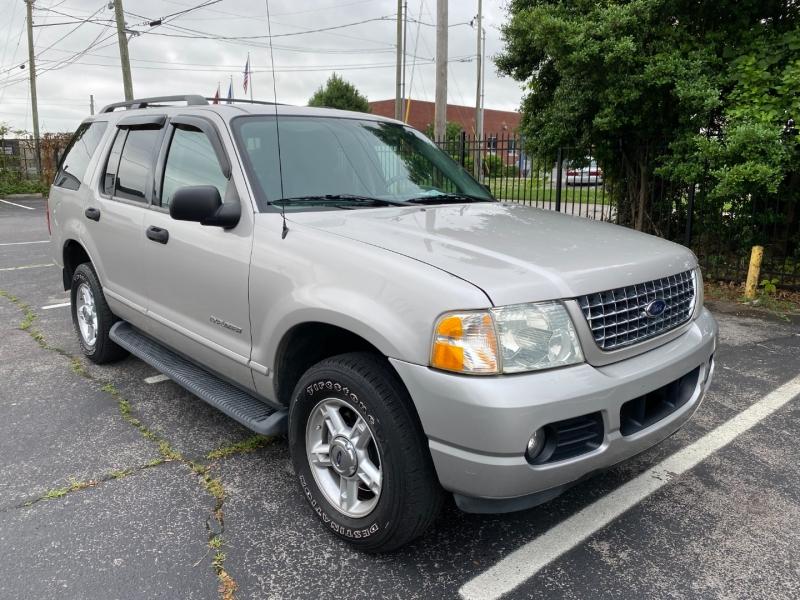 Ford Explorer 2004 price $4,980