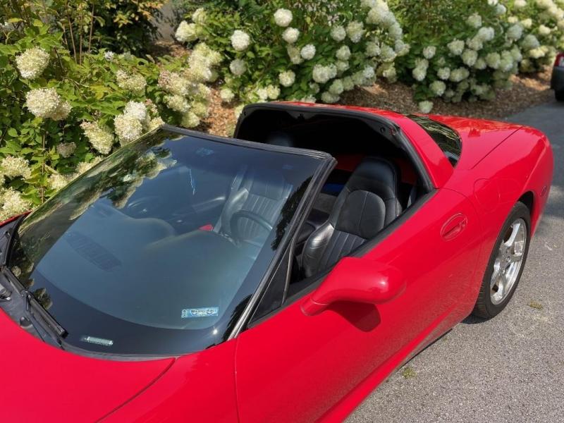 Chevrolet Corvette 1999 price $13,980
