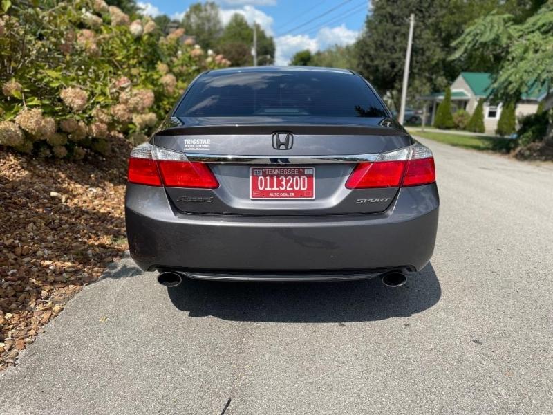 Honda Accord 2013 price $13,980