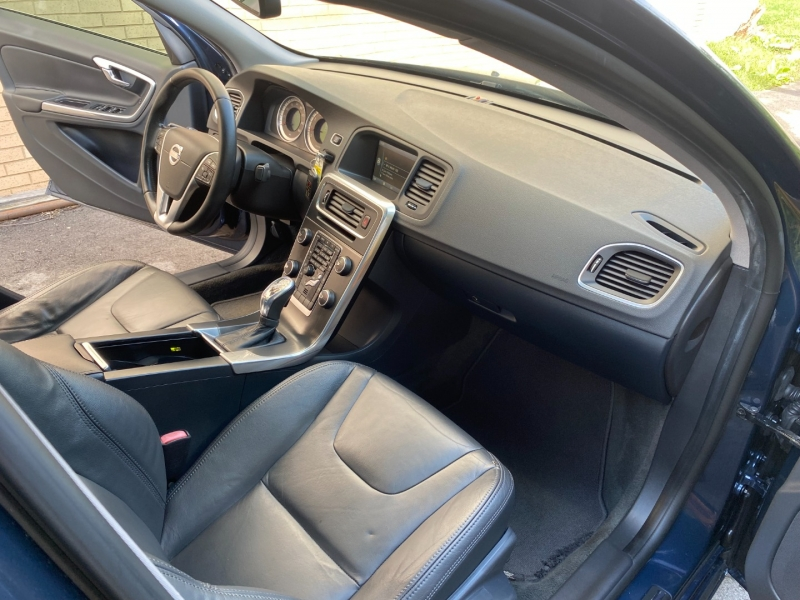 Volvo S60 2013 price $11,480