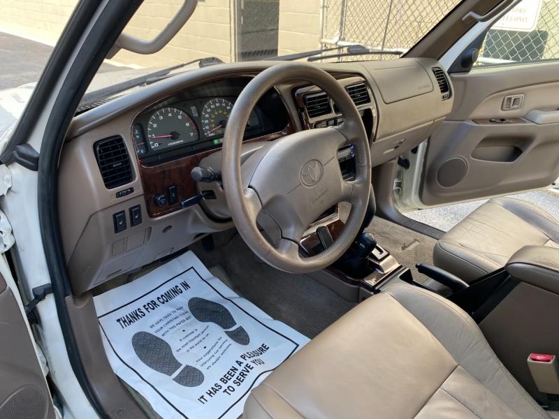 Toyota 4Runner 2002 price $7,980