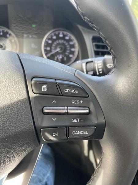 Hyundai Elantra 2020 price $21,880