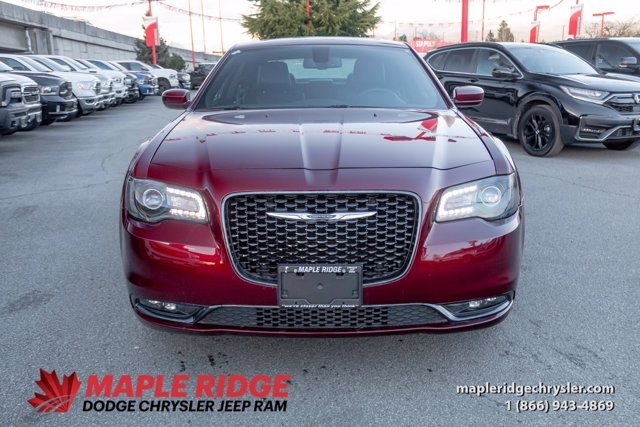Chrysler 300 2020 price $38,990