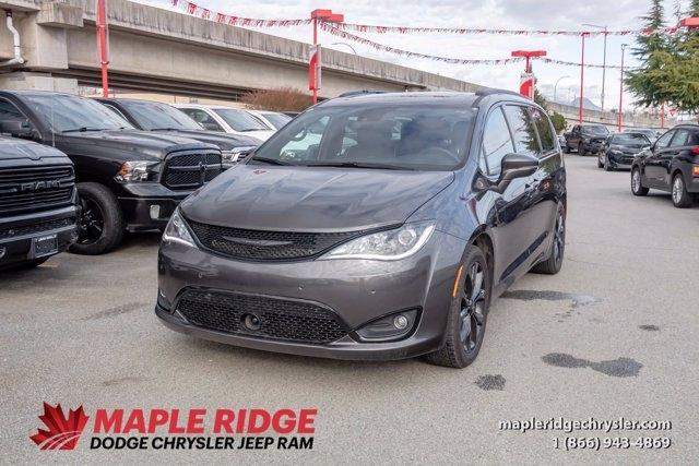 Chrysler Pacifica 2019 price $42,990
