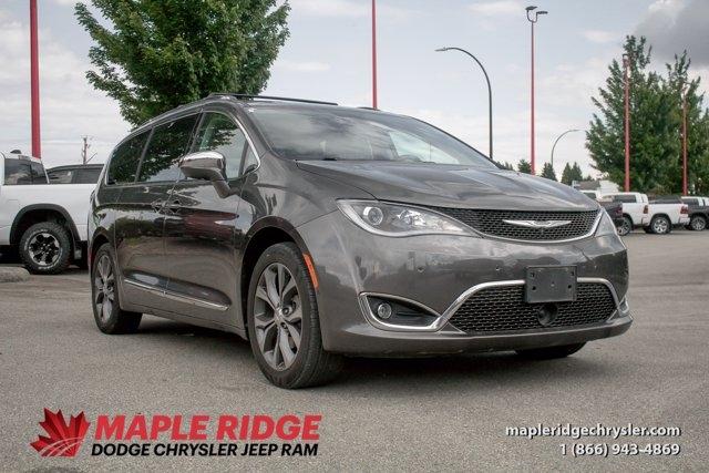 Chrysler Pacifica 2017 price $38,190