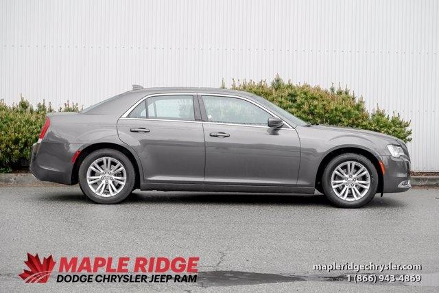 Chrysler 300 2020 price $35,190