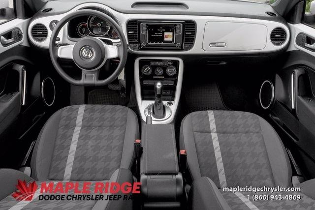 Volkswagen Beetle 2018 price $27,590