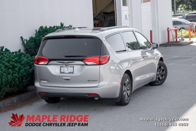 Chrysler Pacifica Hybrid 2019 price $62,999