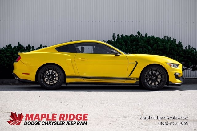 Ford Mustang 2016 price $73,490