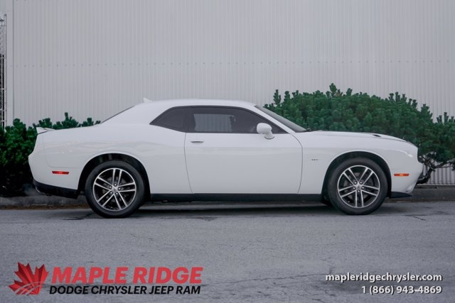 Dodge Challenger 2018 price $46,290