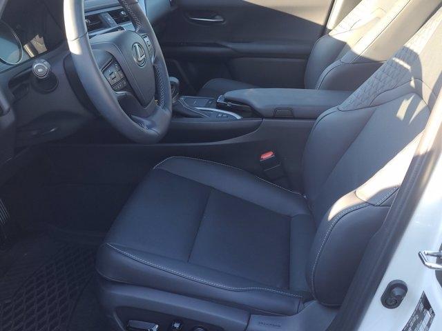 Lexus UX 2021 price $51,590