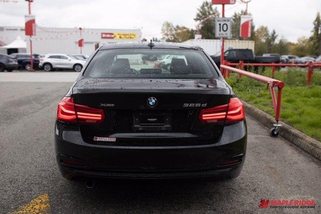 BMW 3 Series 2016 price $26,590