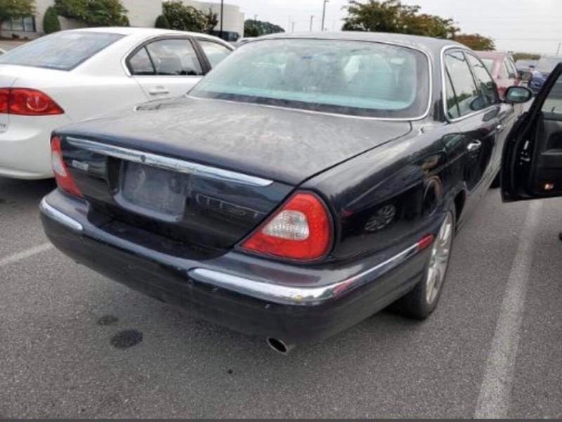 JAGUAR XJ-SERIES 2004 price $4,999