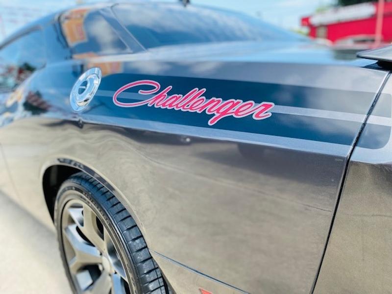 Dodge Challenger 2015 price $19,950