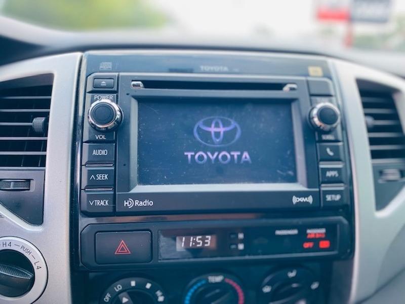 Toyota Tacoma 2012 price $26,500