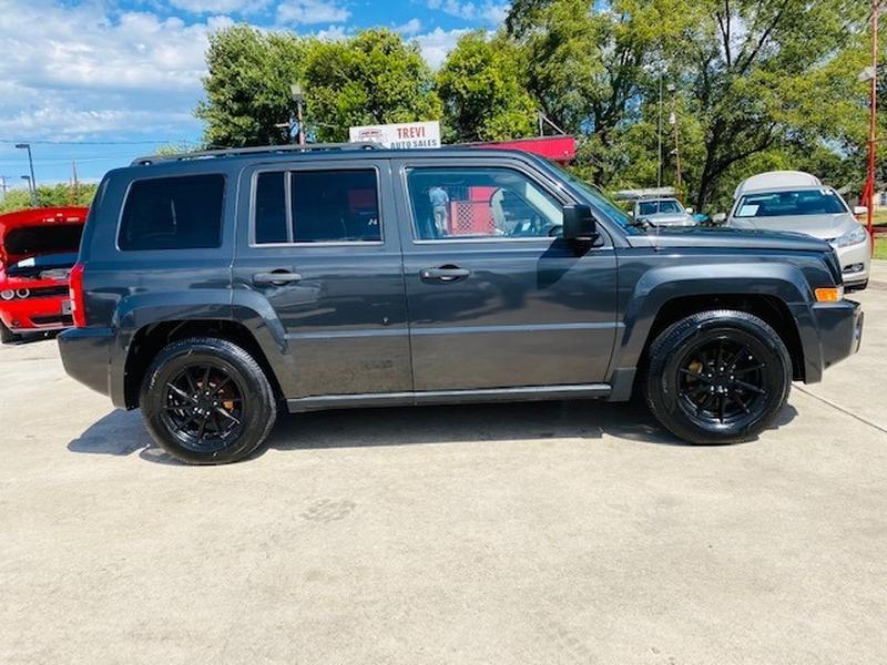 Jeep Patriot 2010 price $10,500
