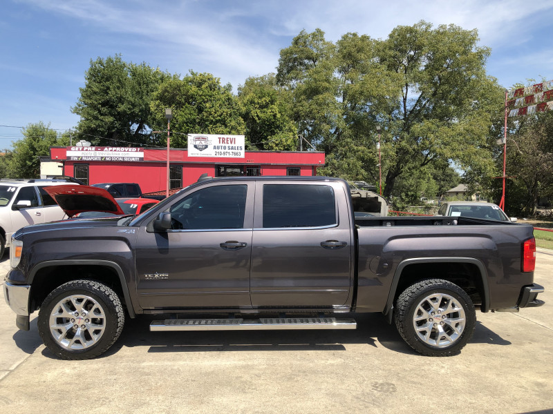 GMC Sierra 1500 2015 price $27,950