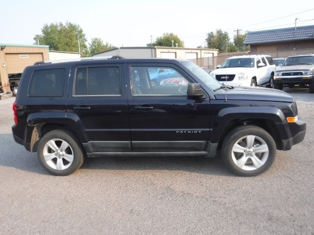 Jeep Patriot 2011 price $7,555