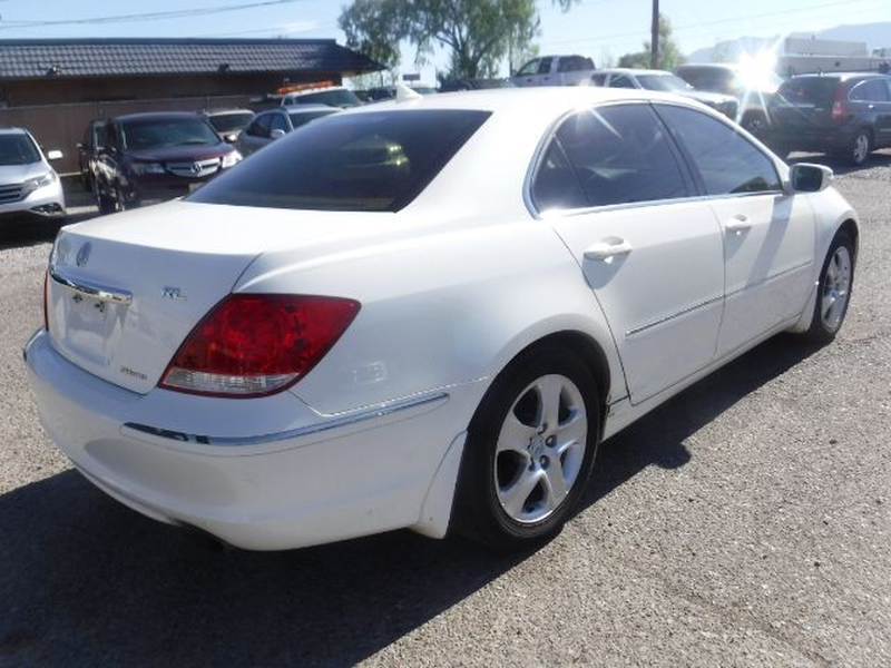 Acura RL 2005 price $6,555