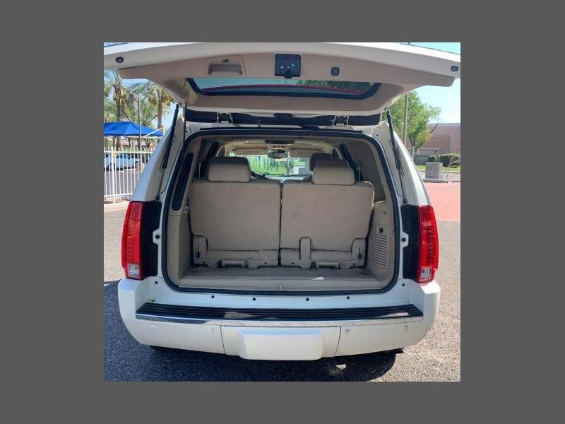 Cadillac Escalade 2009 price $15,555
