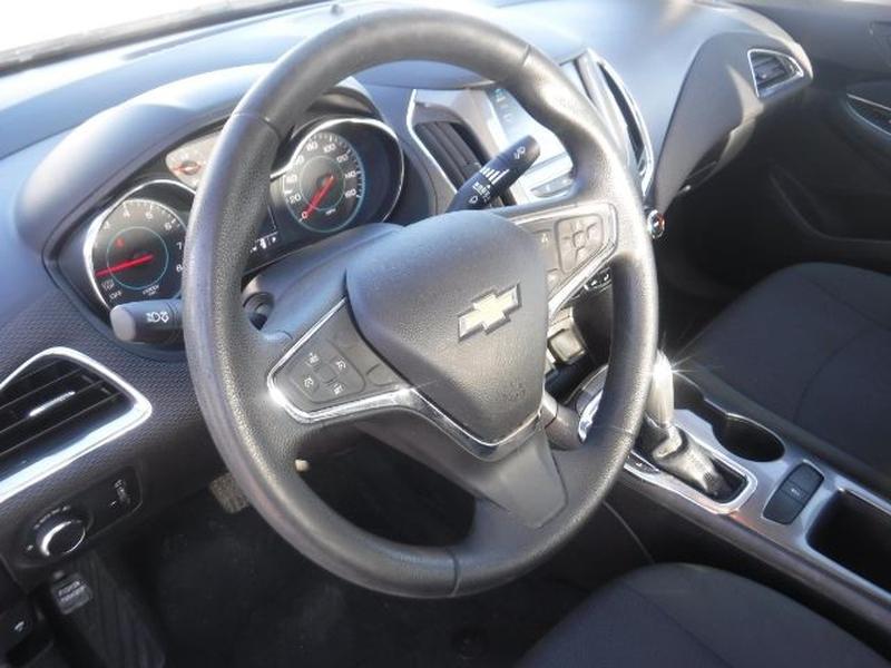 Chevrolet Cruze 2017 price $14,333