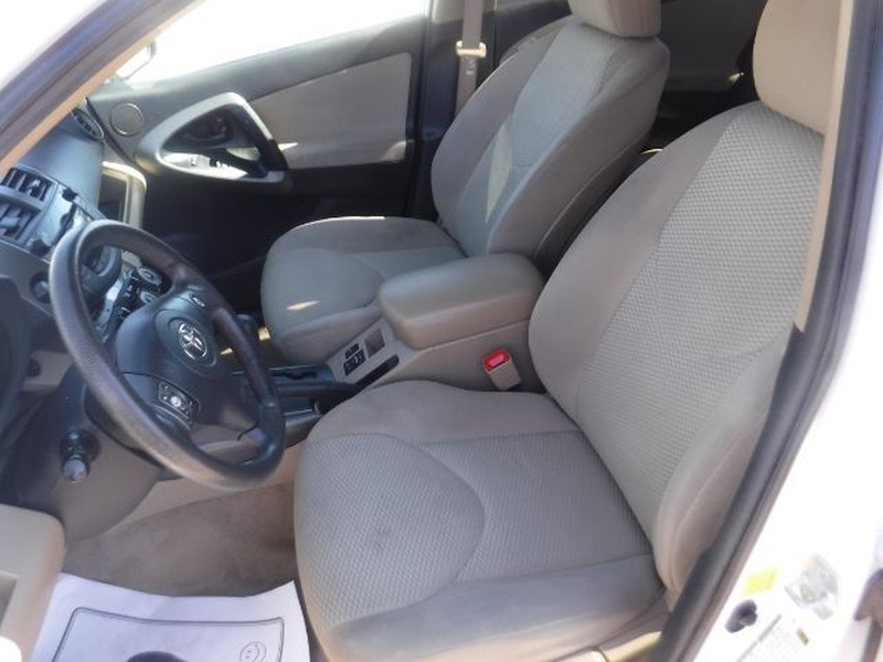 Toyota RAV4 2011 price $11,555