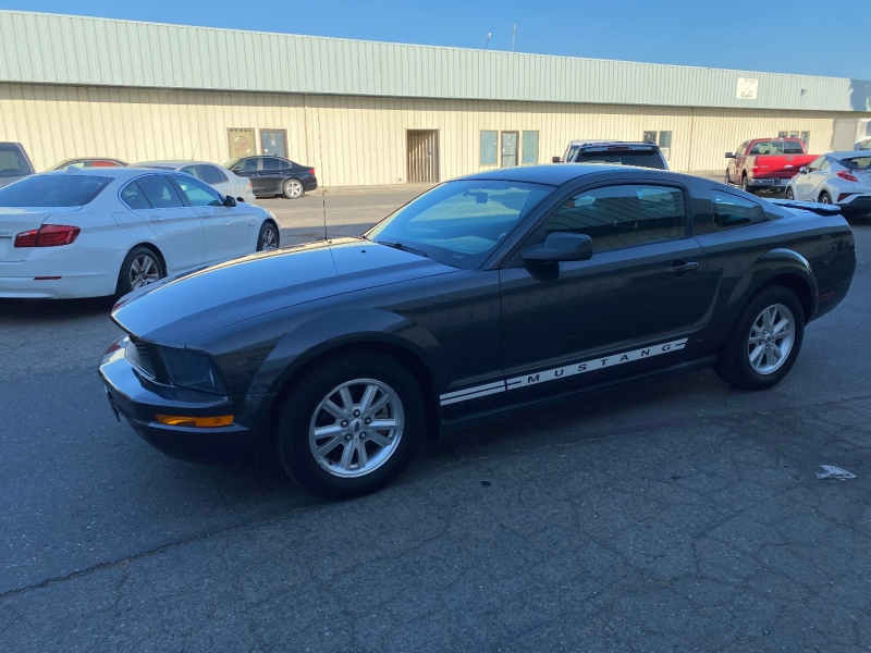 Ford Mustang 2007 price $8,495