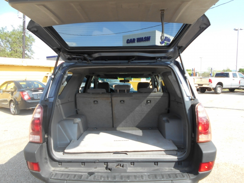 Toyota 4Runner 2003 price $7,950