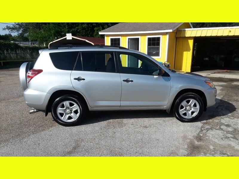 Toyota RAV4 2012 price $11,950